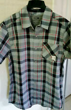NEW RUSTY  MENS BUTTON DOWN SHIRT S/SLEEVE  SIZE M COLOR  GREY/BLACK