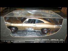 1967 Chevrolet Impala Granada Gold 1:18 Ertl American Muscle 39392