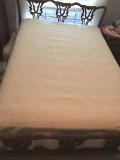 VTG 1930's-40s Full Size White Matelasse Bedspread~Corners Damaged & patched