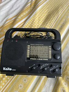 Kaito KA007 World Receiver Wind up & solar powered emergency Radio