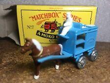 "Matchbox "" A MOKO LESNEY "" in OVP Nr.: 7-  Milchmann samt Pferdekutsche. (1988 )"