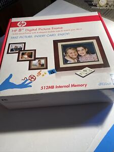 "HP 8"" Digital Picture Frame Wood Frame DF820Ba4 Easy Share Digital Picture Frame"