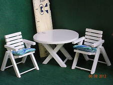DOLLHOUSE MINIATURE PATIO TABLE AND CHAIRS
