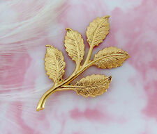 BRASS (4 Pieces) Leaf Spray Leaves Stamping ~ Jewelry Ornament Finding (D-176)