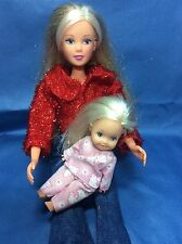 L4) SIMBA Bambola indossa Nuovo Vestito e scarpe con bambino in PJ'S. vedere PICS