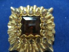 Classic Vintage  Pin Or Broach  Gold with Stone