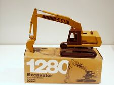 Case 1280 Excavator - 1/35 - Conrad #2962 - MIB