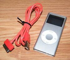 "Genuine Apple (A1199) Silver iPod Nano 2nd Generation (2GB) w/ 1.5"" Screen *READ"