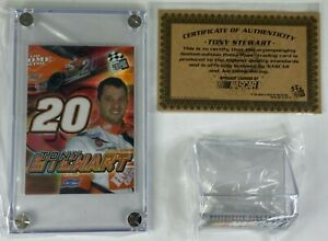 PRESS PASS LIMITED EDITION TONY STEWART 2004 TRADING CARD ENCASED COA MINT STAND