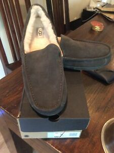 UGG ASCOT CHArcoal SUEDE SHEEPSKIN LINED SLIPPERS LOAFERS DRIVING MOC 9 NEW