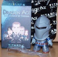 Dragon Age The Heroes of Thedas Titans Vinyl Figures - Grey Warden 2/20