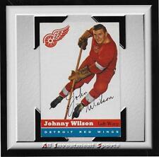 1954 Topps JOHNNY WILSON #4 EXMT+ *tough hockey card for set* DD17