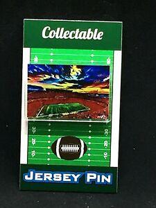Kansas City Chiefs Arrowhead Stadium lapel pin-New Classic KINGDOM Collectible