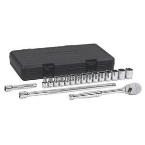 GearWrench Ratchet/Socket Set 1/2 in. Drive 6-Point Metric 84-Tooth (18-Piece)