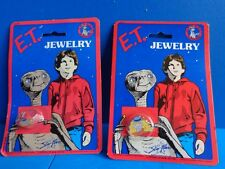 VINTAGE E.T. (EXTRA-TERRESTRIAL) CHILD'S TOY RING AND PIN MIP