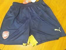 New  Puma Arsenal shorts for boy size 28''/ 11-12 years