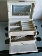 Large Ivory coloured Jewellery Box Organizer