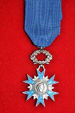 VG) Médaille de chevalier de l'ordre national du mérite FRANCE french Medal