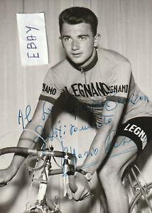 Carte personnelle de Vittorio CASATI Signée 1959. Format 15 cm x 10. Bon état