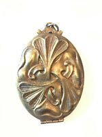 ANTIQUE VTG VICTORIAN ART NOUVEAU GOLD/tone LOCKET Photo PENDANT BIG