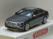 Wiking Mercedes E-Klasse W 213, grau-metallic - 0227 02 - 1:87