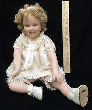 Shirley Temple Porcelain Doll Danbury Mint Green Eyes Sitting Down Blonde Curls