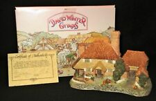 "David Winter ""Kent Cottage� 1985 Retired 1996 Original Box & Cert"