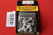Games Workshop Warhammer 40k Space Wolves Iron Priest BNIB Metal New Wolf OOP
