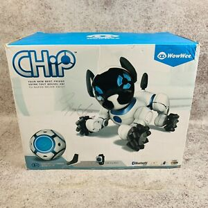 WowWee Chip Robot Toy Dog White Complete in Box