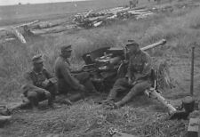 DVD OF GERMAN SOLDIERS  WW2 PHOTO ALBUM PAK ANTI TANK GUNS RUSSIAN TANKS