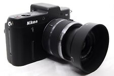 Nikon 1 V1 10.1 MP digital camera / 10-30mm lens with hood *superb