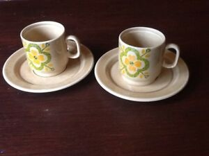 PAGNOSSIN COFFEE CUP AND SAUCERS X 2.