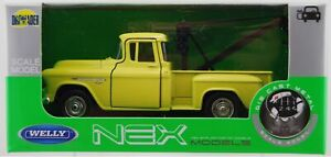 WELLY 1955 CHEVY STEPSIDE TOW TRUCK YELLOW 1:34 DIE CAST METAL MODEL NEW IN BOX