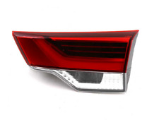 TOYOTA KLUGER XU50 Right Side Tailgate Taillight 815800E120 NEW GENUINE