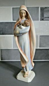 Vintage Goebel Sacrart Madonna and Child HM35 , 26cm tall