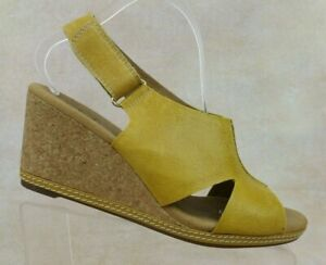 Clarks Collection Gold Leather Cork Wedge Peep Toe Slingback Sandal Women's 10 W