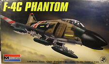 VIETNAM ERA F4C PHANTOM JET FIGHTER/BOMBER MONOGRAM 1:48 SCALE PLASTIC MODEL KIT