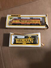 Bachmann HO Chessie Locomotive Train 41-640-09 GE U36B Diesel & Caboose 4127
