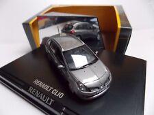 Norev Renault Clio Estate grise en boite vitrine ech 1/43