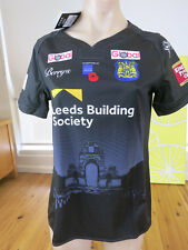 LEEDS RHINOS  2017 ARMED FORCES  JERSEY LADIES SIZE 10  NEW WITH TAGS