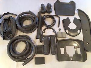 Lambretta Full Body Rubber Kit Good Quality Black /Grey Please State !!!