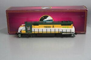 MTH 20-20209-3 Chicago & North Western GP38-2 Non-Powered Diesel #4631 LN/Box