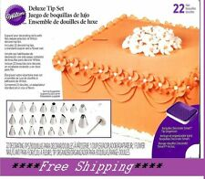 WILTON Cake Decorating DELUXE TIP Set w/ 22 Tips, CASE Coupler & Flower Nail NEW