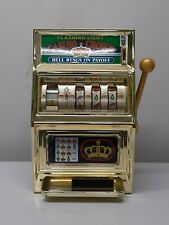 Slot machine vintage casino crown