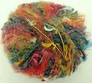 5  pelotes  de laine  mohair/ carnaval/ fabriqué en FRANCE