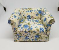 Miniature dollhouse 1:12 scale lounge arm chair