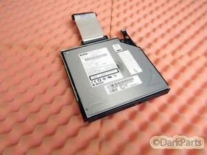 Dell PowerEdge 1850 CD-ROM Drive with Tray & Cable UD458 0UD458