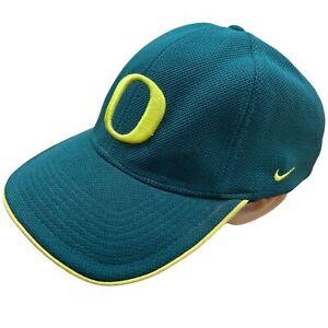 Nike Embroidered Baseball Cap Hat Green Yellow Swoosh Oregon Ducks