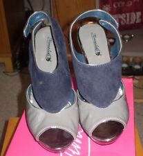 Ladies Navy & Grey High Heeled Shoes from Timeless Size 6 NWT in Box