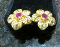 BEAUTIFUL 18 K Solid Yellow Gold Ruby& Diamond Women Earrings  Studs  9.4 gr